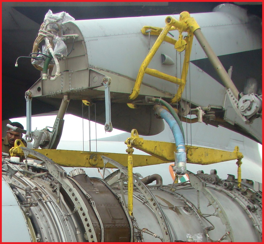Engine Hoisting Device For IL-76 Aircraft